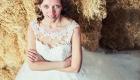Bruidsofotografie - bruid hooiveld